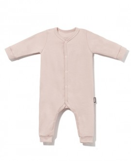 Romper suit with snaps